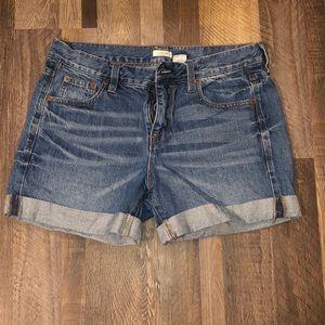 2 for $25 🌼JCREW medium wash jean shorts!!!